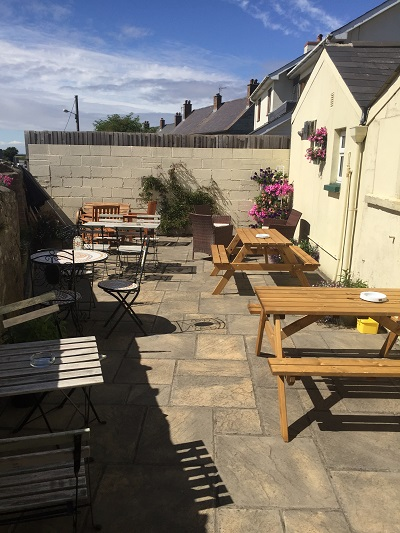 The star inn wick the vale of glamorgan for Wick swimming pool opening times
